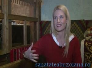Katie Rizvi, Asociatia Little People
