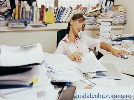 munca femei birou (1)