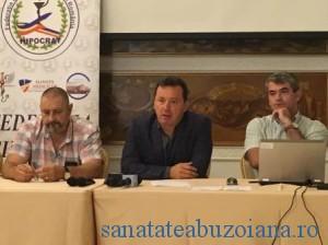 Dr. Eleodor Carstoiu (mijolc), alaturi de dr. Victor Ionita si dr. Marian Stamate