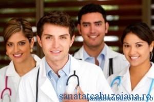medici tineri examen