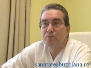 Dr. Manuel Chira