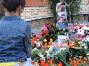 Flori si lumanari la UMF Cluj