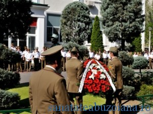 Depunere coroane la statuia lui Carol Davila