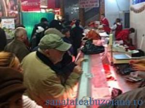 aglomeratie-coada-carne-porc-hala