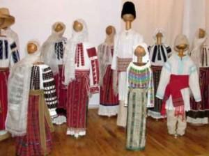 vergu-manaila-colectie costume