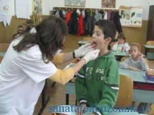 medic scoala