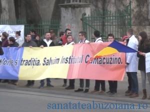 Studentii - lant uman la Cantacuzino
