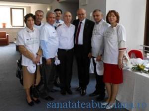 Dr. Irinel Popescu si cativa dintre cei salvati