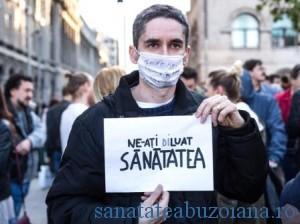 protestul-pentru-sanatate-la-piata-universitatii-body-image-1462625268-size_1000