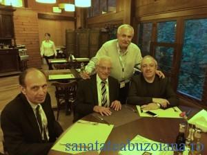 Dr.Marius Anastasiu alaturi de invitatii straini