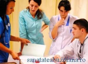 medici tineri